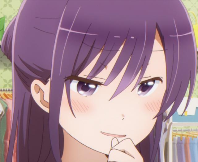 制服を見てる琉姫