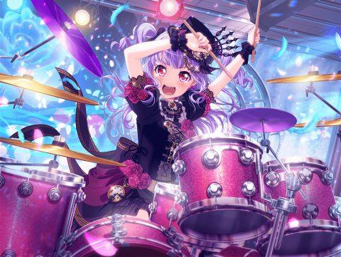 ドラムを叩く宇田川あこ
