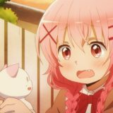 猫に同情している萌田薫子
