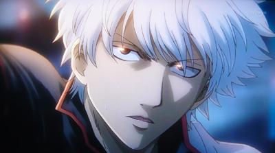 目が生き生きして、真剣な表情をしている坂田銀時