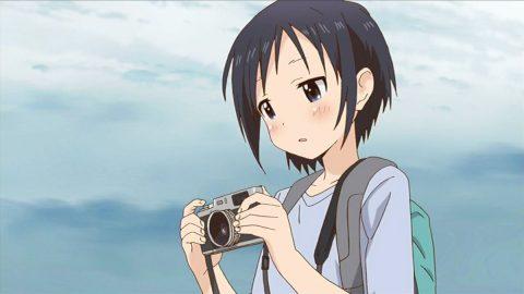 カメラを持つほのか