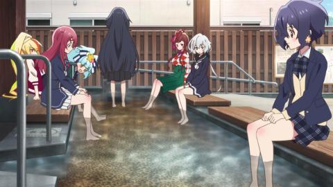 足湯に浸かるメンバーたち