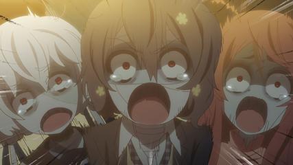 泣く3人組