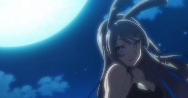 月夜の下で微笑む桜島麻衣