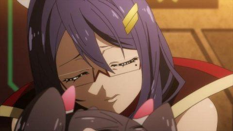 ユウキを抱きしめるレイラ