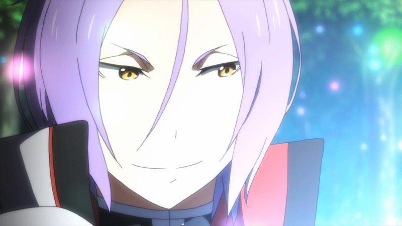 微笑むユリウス